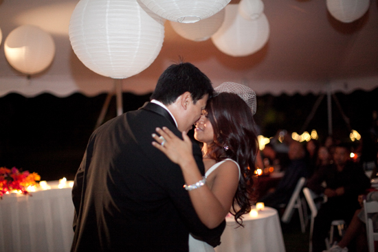 First dance at a Maui wedding by destination wedding planner, Mango Muse Events