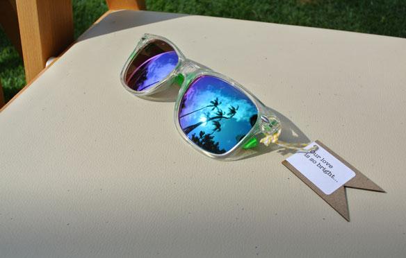 Sunglasses for a Hawaii destination wedding by Destination wedding planner, Mango Muse Events