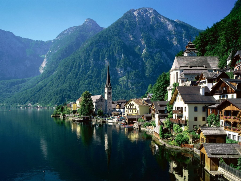 Hallstatt Austria for an Austria destination wedding shared by Destination wedding planner, Mango Muse Events