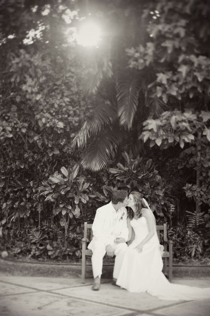 Wedding couple kiss for a Hawaii destination wedding on Style Me Pretty by Destination wedding planner, Mango Muse Events