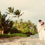 Beach wedding for a Hawaii destination wedding on Style Me Pretty by Destination wedding planner, Mango Muse Events
