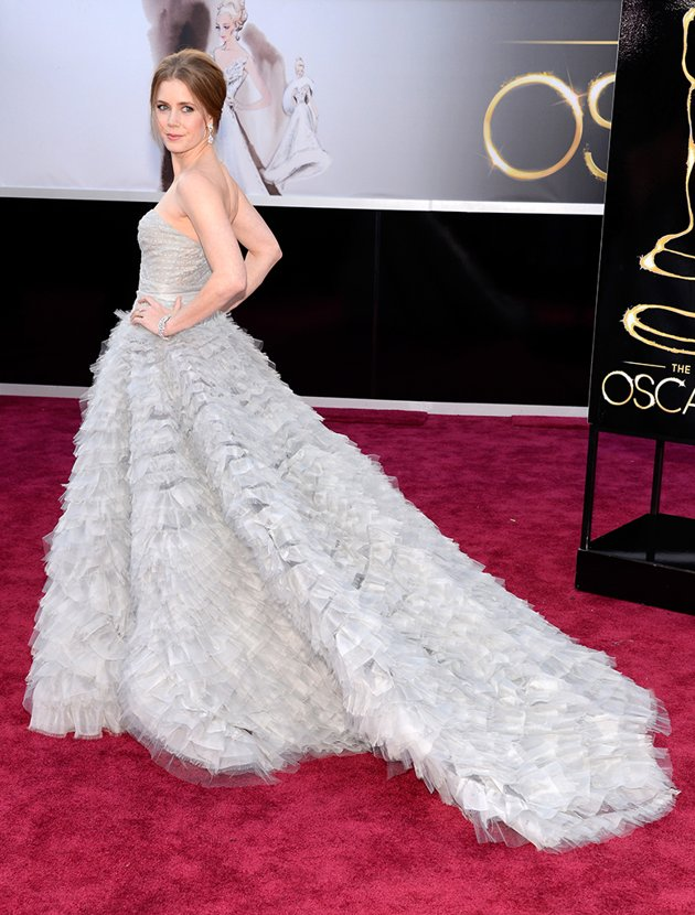 Amy Adams on the red carpet 2013 Oscars wedding fashion inspiration picked by Destination wedding planner Mango Muse Events