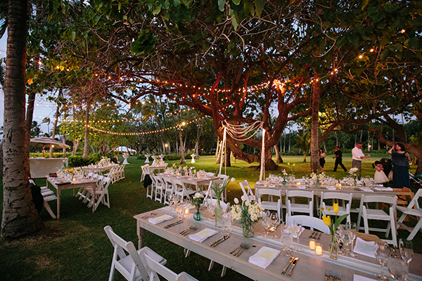 Lighting for an outdoor wedding reception by destination wedding planner Jamie Chang of Mango Muse Events.