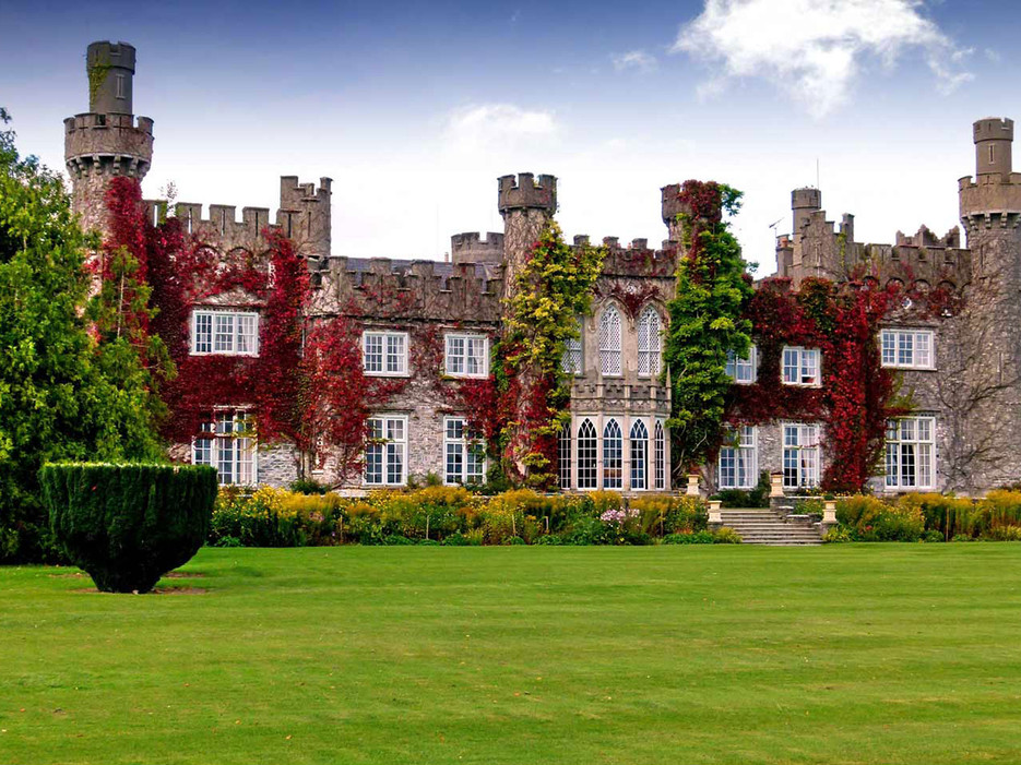 Destination wedding venue in Luttrellstown Castle in Ireland one of a few celebrity destination wedding venues