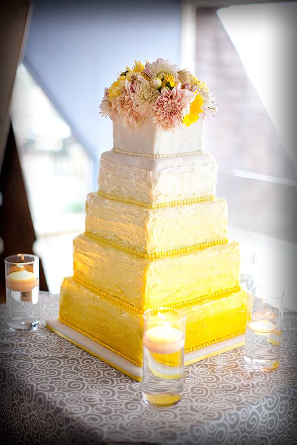 Wedding cake for Half Moon Bay wedding planned by destination wedding planner Jamie Chang of Mango Muse Events.