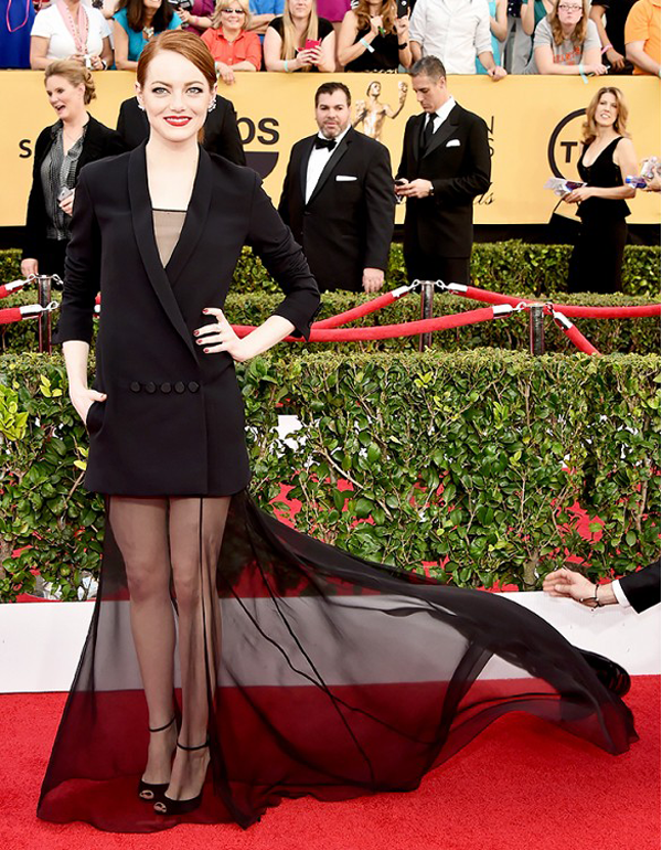 Emma Stone wears a Dior Haute Couture 2 piece on the red carpet of the 2015 SAG awards wedding inspiration by Destination wedding planner, Mango Muse Events