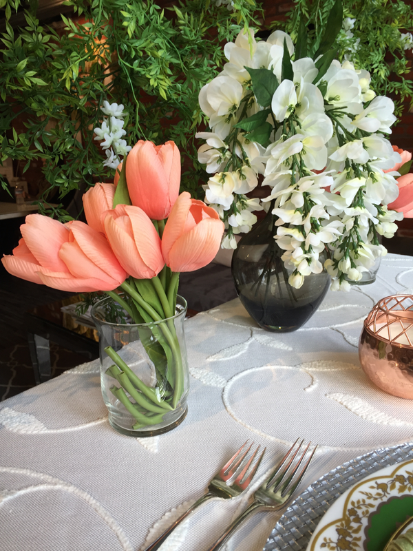 Spring flowers for Easter Spring table decor. Design by Jamie Chang of Mango Muse Events.