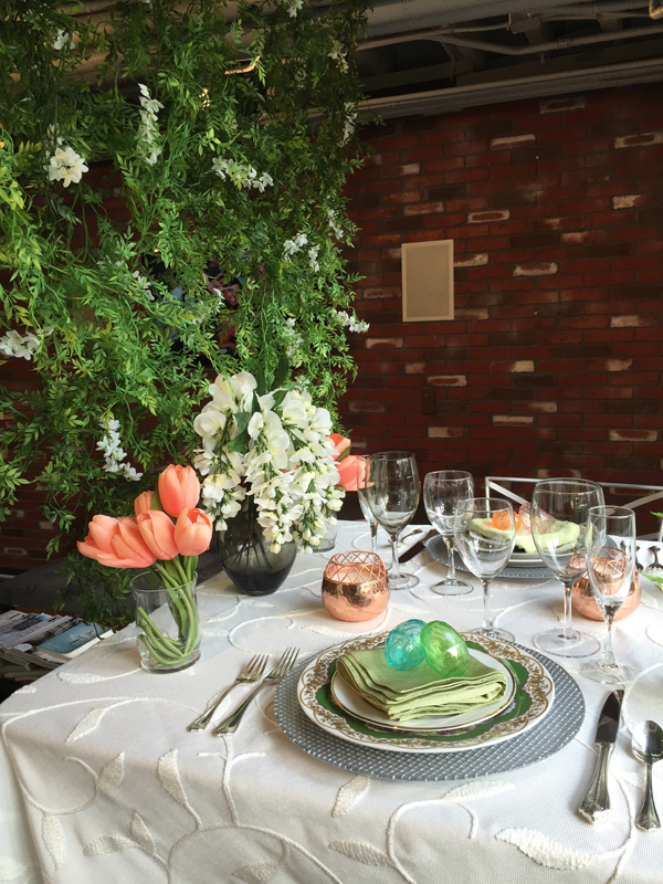 Spring wedding table decor. Event design by Jamie Chang of Mango Muse Events.