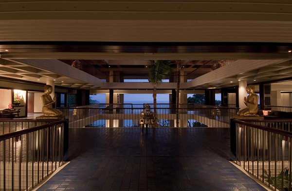Lobby of Mauna Kea resort at destination wedding venue on Big Island, Hawaii. Photo taken by Jamie Chang destination wedding planner of Mango Muse Events.