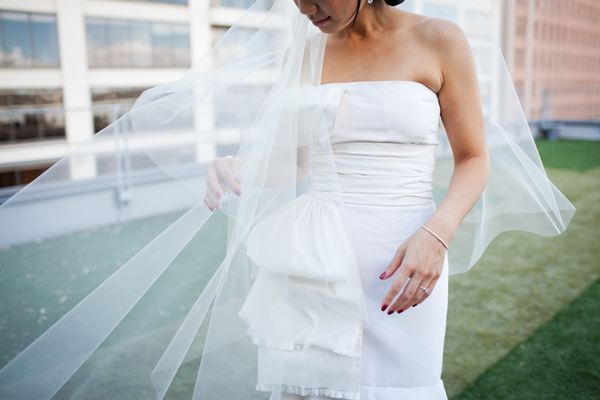 Wedding veil blowing in the wind at a San Francisco wedding by Jamie Chang destination wedding planner of Mango Muse Events.