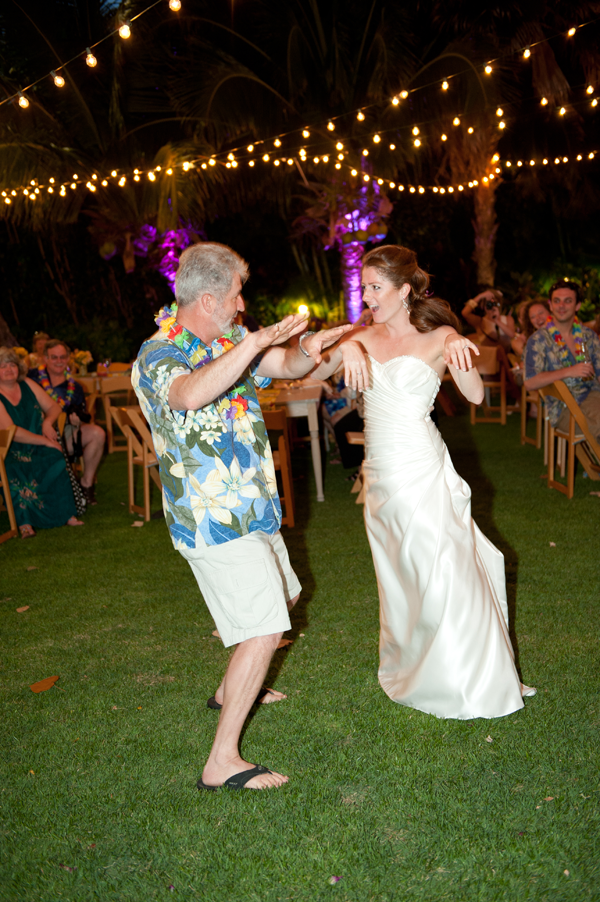 Father Daughter dance at a destination wedding in Hawaii by Jamie Chang destination wedding planner of Mango Muse Events.