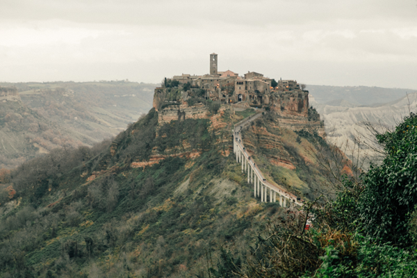 Civita-di-Bagnoregio, a destination wedding location in Italy.