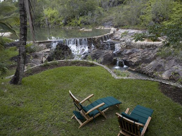 Unplugged destination vacations. Blancaneaux Lodge, Belize