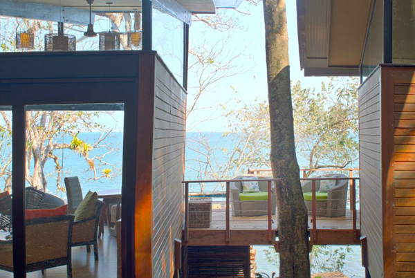 Unplugged destination vacations. Isla Palenque, Panama