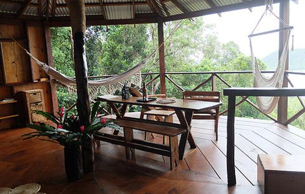 Unplugged destination vacations. Manicou River, Dominica