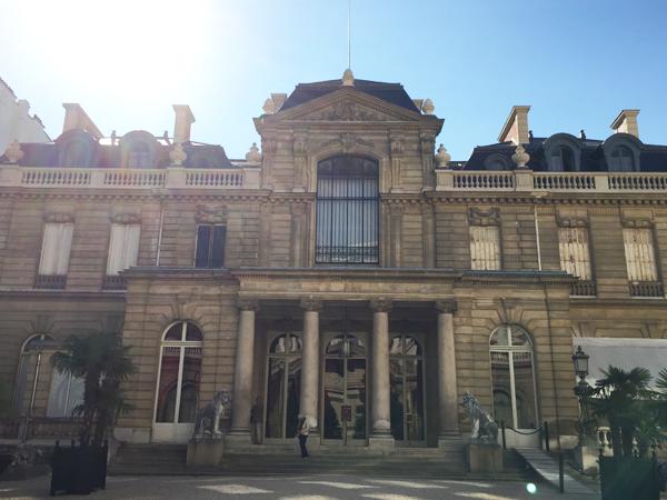 Destination-Wedding-Planner_Mango-Muse-Events_Paris-Destination-Wedding_Jacquemart-Andre-Museum_Formal-Entrance