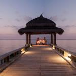 Romantic getaway outdoor bungalow Maldives