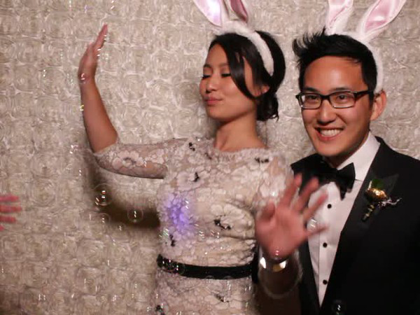 2016 Wedding trends we want to see more of: themed photo booths at your wedding reception
