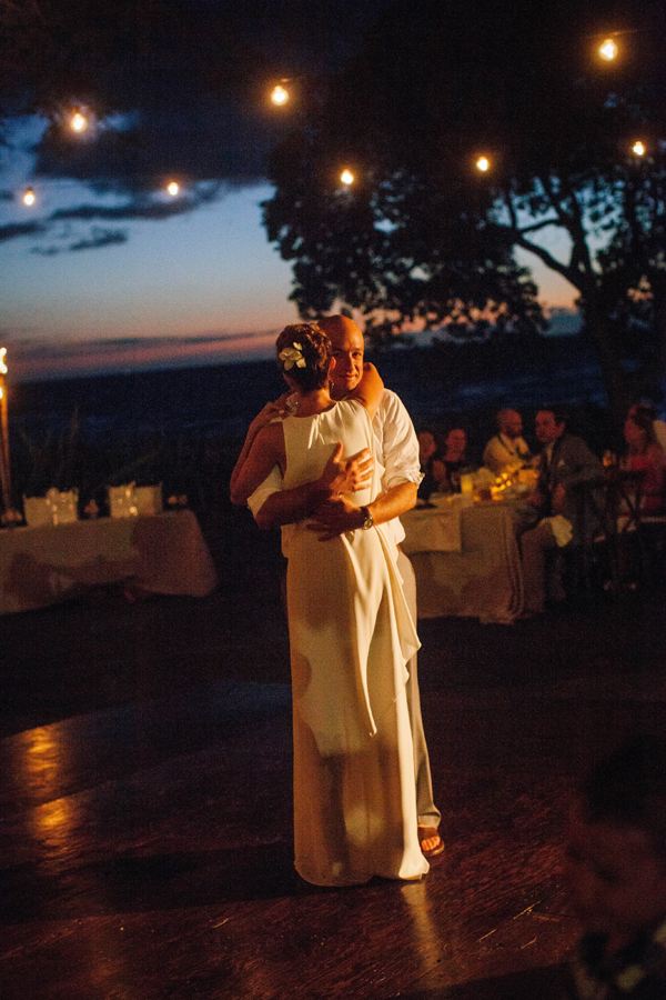 Hawaii Destination beach wedding by Jamie Chang of Mango Muse Events