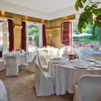 Destination Wedding Venues in Bois de Boulgne Bagatelle Park in Paris