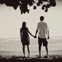Engagement photo of a couple in Hawaii