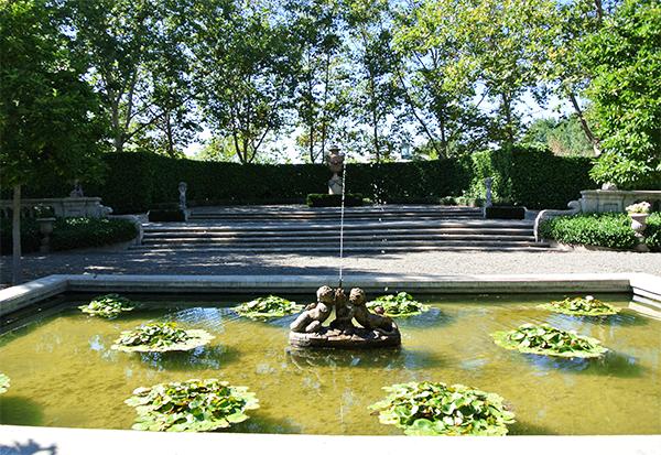 Beaulieu Garden wedding venue for a Napa destination wedding by Destination wedding planner Mango Muse Events
