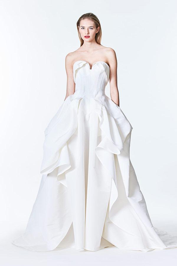 b6f8466a73 Architectural wedding dress from the Carolina Herrera bridal fashion week  Fall 2017 collection