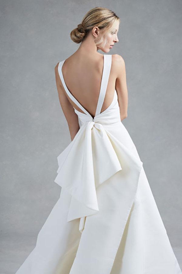 Architectural Wedding Dress From The Oscar De La Renta Bridal Fashion Week Fall 2017 Collection