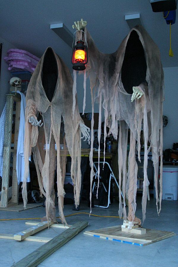 Dementors as a part of 12 Halloween decor ideas