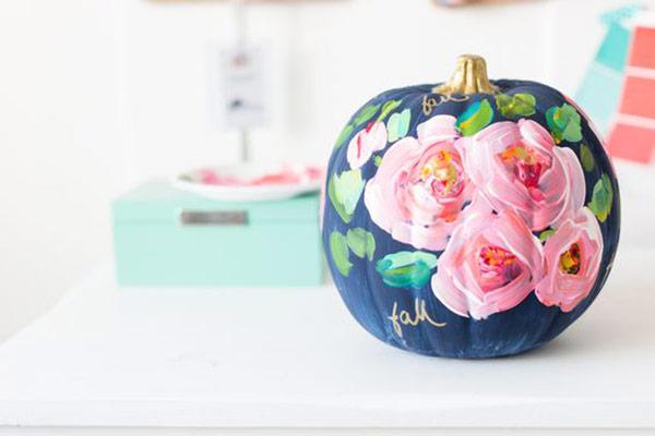 Painted pumpkins as a part of 12 Halloween decor ideas