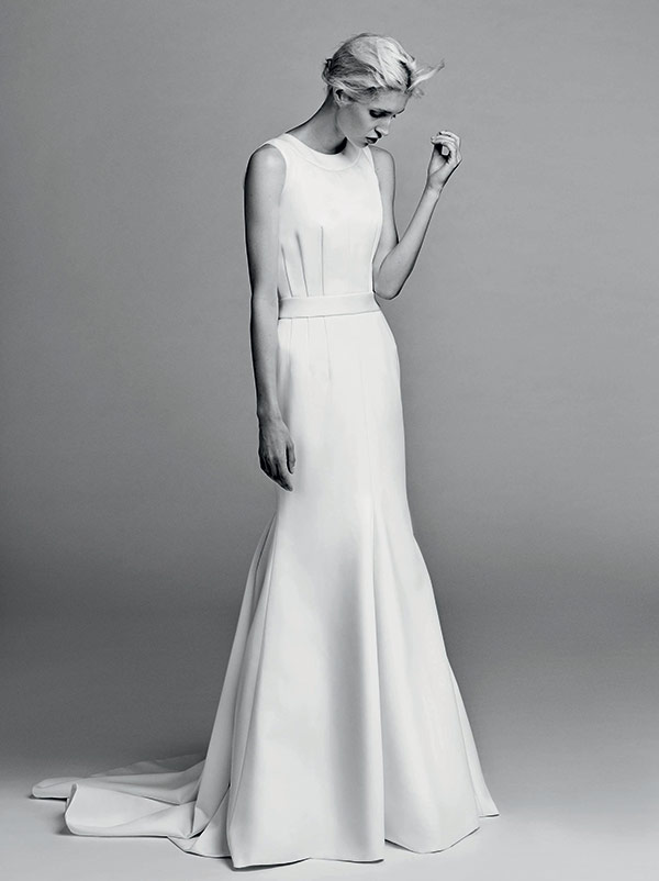 Sleek wedding dress from the Victor & Rolf bridal fashion week Fall 2017 collection