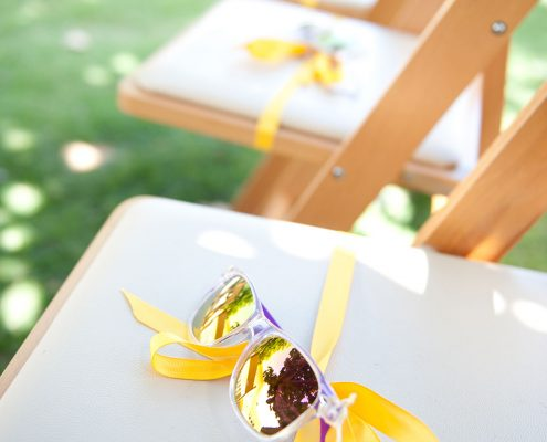 Sunglasses great guests at a Hawaii destination wedding ceremony by Destination wedding planner Mango Muse Events