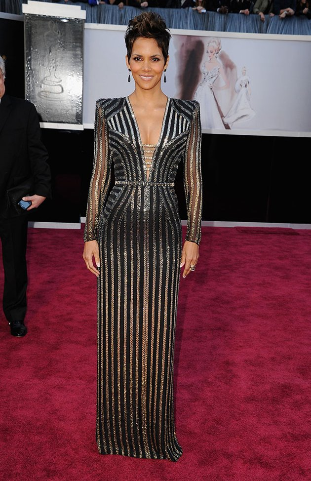 Halle Berry on the red carpet 2013 Oscars wedding fashion inspiration picked by Destination wedding planner Mango Muse Events