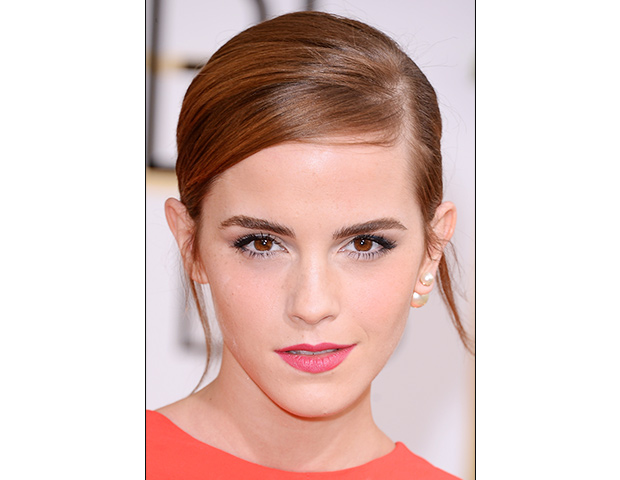Emma Watson close up on the red carpet 2014 Golden Globes wedding inspiration picks by Destination wedding planner Mango Muse Events