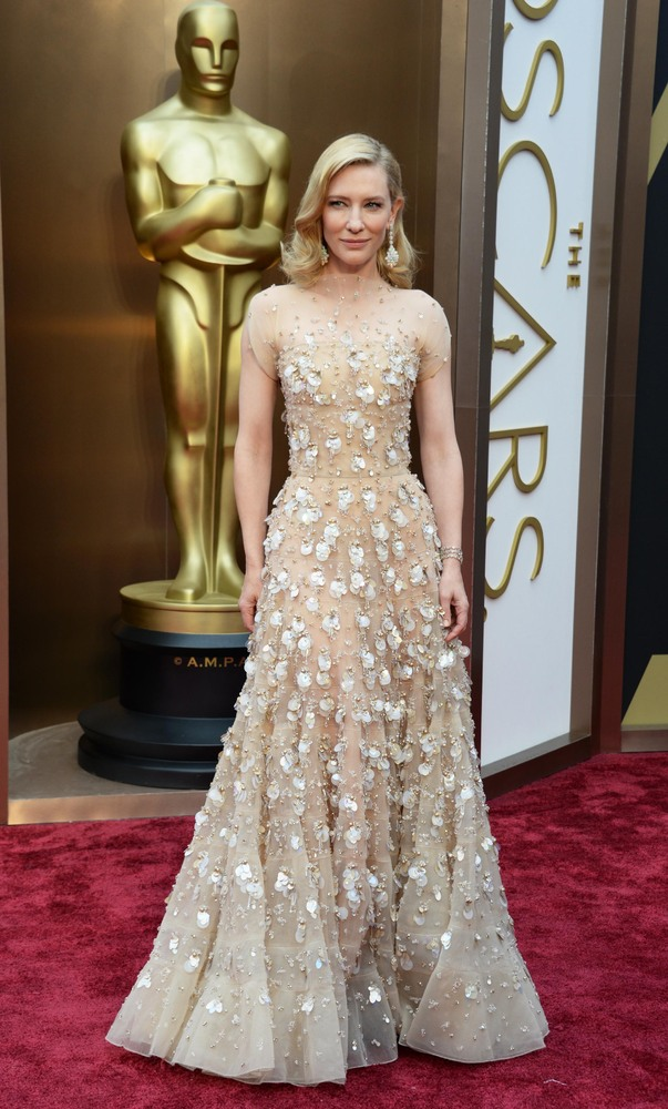 Cate Blanchett in Giorgio Armani gown on the red carpet at the 2014 Oscars wedding inspiration by Destination wedding planner, Mango Muse Events
