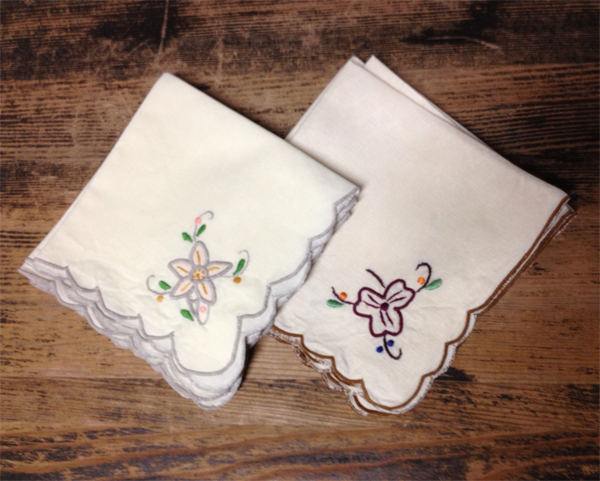 Vintage handkerchiefs for a vintage wedding