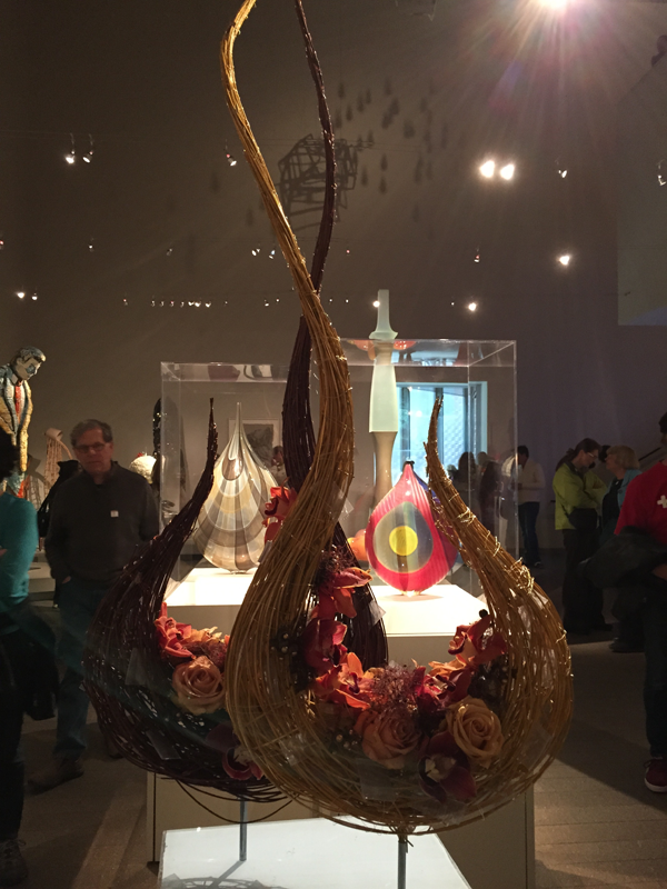 Teardrop shape floral intrepretation of vase at Bouquets to Art 2015, de Young Museum, San Francisco.