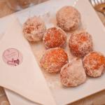 Malasadas, a portguese donut which was served as an alternative wedding dessert. Event design by Jamie Chang destination wedding planner of Mango Muse Events.