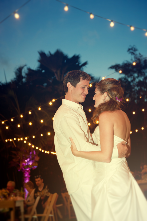First dance at summer destination wedding in Hawaii. Event design by Jamie Chang of Mango Muse Events.