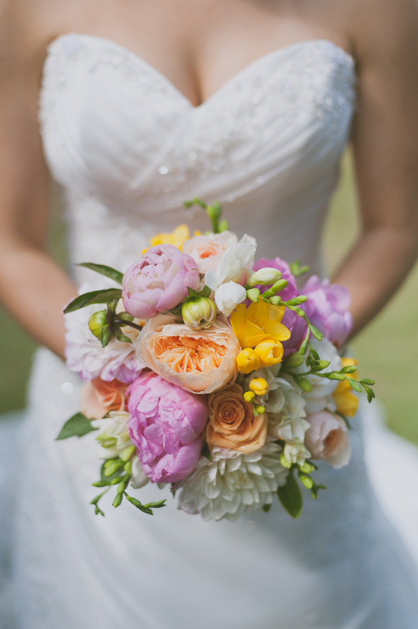 Summer wedding bouquet at a wedding by Jamie Chang destination wedding planner of Mango Muse Events.