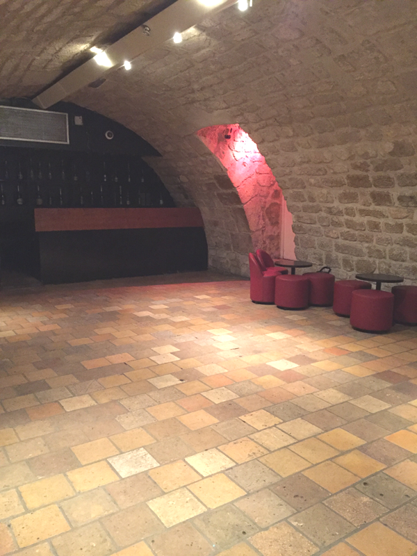 Undground cave area at the La Maison de Polytechniciens a destination wedding venue in Paris