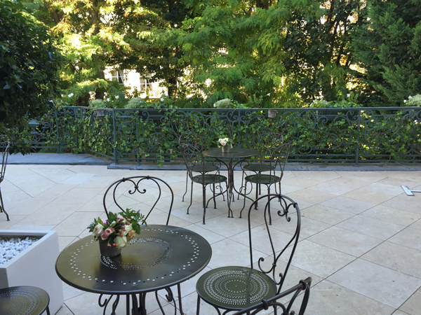 Tables on the Outdoor terrace of the La Maison de Polytechniciens a destination wedding venue in Paris