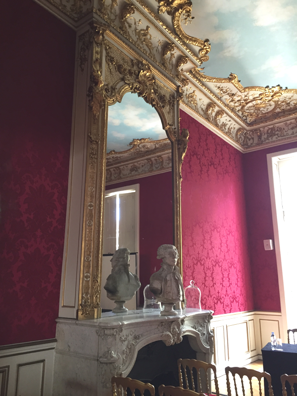 Wall mirror in the Lafayette room at the Salons France Ameriques a destination wedding venue in Paris