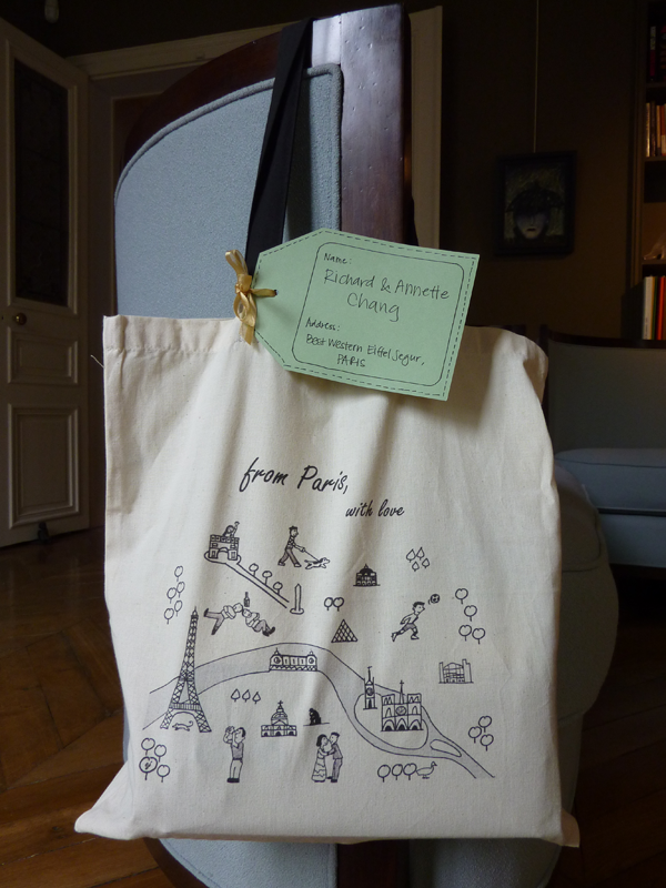Destination wedding welcome bags for a Paris destination wedding by Destination wedding planner Mango Muse Events