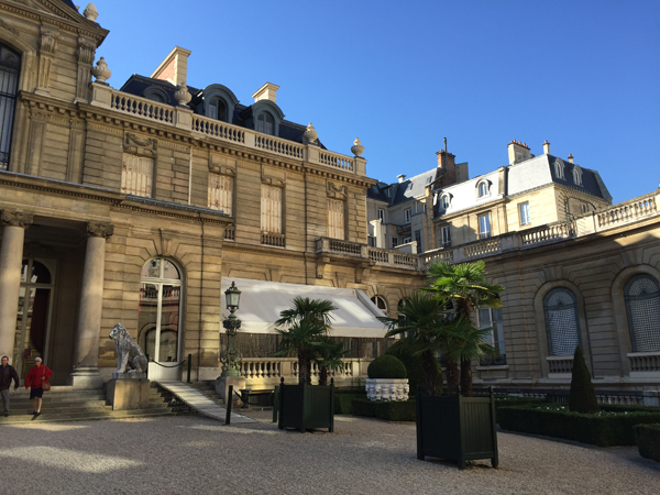 Jacquemart Andre museum courtyard entrance Paris wedding venue Destination wedding planner Mango Muse Events