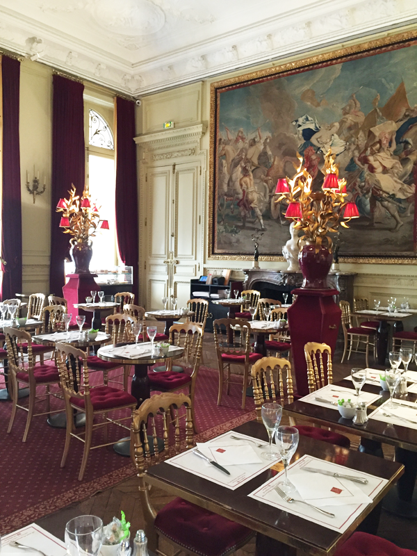 Jacquemart Andre museum dining room reception room Paris wedding venue Destination wedding planner Mango Muse Events