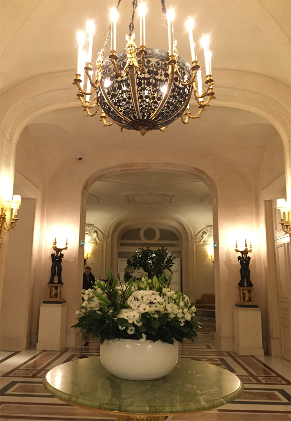 Entryway lobby to Shangri-La Hotel Paris Wedding Venue by Destination wedding planner Mango Muse Events