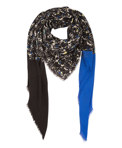 Womens Comptior de Cotonniers scarf Christmas holiday gift idea by Jamie Chang of Mango Muse Events
