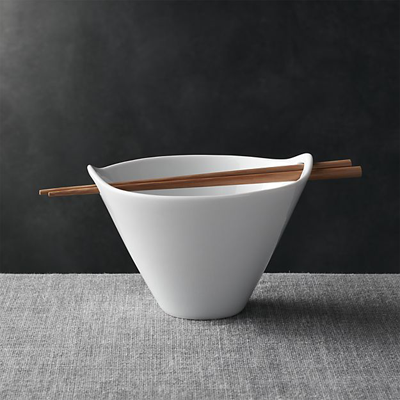 Crate and Barrel Noodle Bowl Christmas gift idea by Jamie Chang of Mango Muse Events