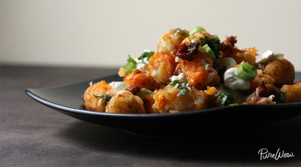 Super Bowl Party tater tot nacho recipe